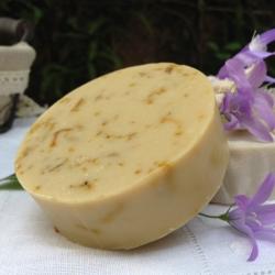 Savon naturel Patchouli et lait d'amande.