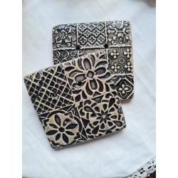 porte savon carré façon carreau de ciment noir et blanc - 3 motifs aléatoires disponibles